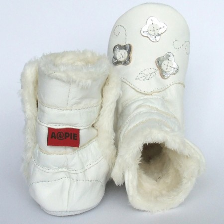 Babyslofjes Winterboot Flower White € 22,99