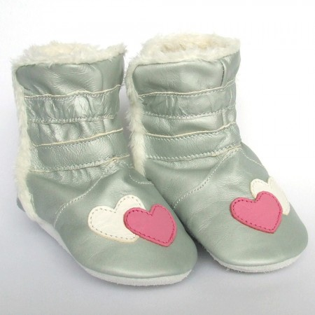 Babyslofjes Winterboot Hearts € 22,99