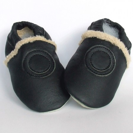 Babyslofjes Black Fur € 19,99