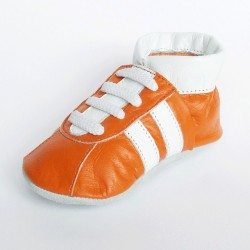 Babyslofjes Sneaker Orange € 15,99