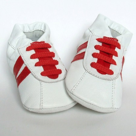 Babyslofjes Sneaker White Red €15,99