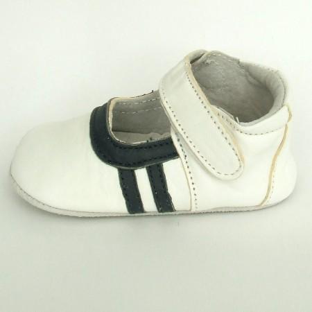 Babyslofjes B Sport White Black €17,99